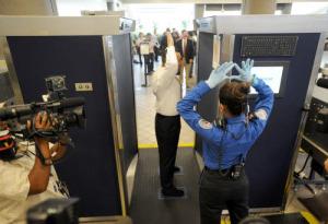 LA_AIRPORT_SECURITY_CATOR103