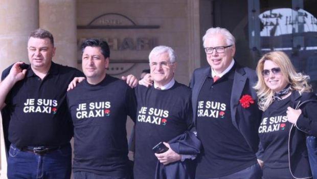 """""""Je suis Craxi""""!"""