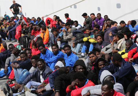 """Il """"migrante"""" è sacro?"""