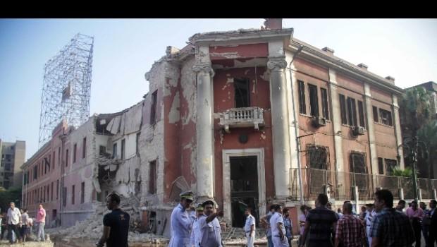 Qualche domanda dopo l'attacco al nostro consolato d'Egitto