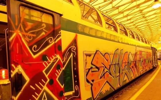 La morte di Edoardo Baccin, il graffitaro finito sotto un treno, rischia di diventare un pericoloso monumento all'idiozia