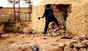 distruzione_tomba_sufi