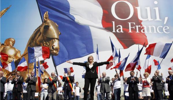 """Marine Le Pen: """"In nome del popolo francese"""""""