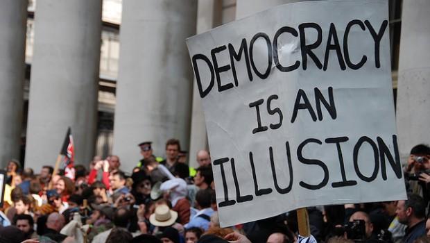 Il Fesso e la Democrazia