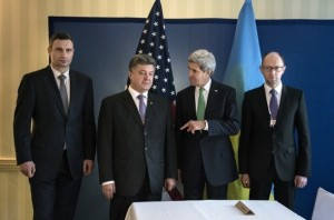 "I ""nuovi governanti"" ucraini prendono istruzioni dai capi"