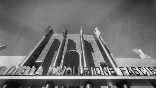 Il Fascismo italiano come esempio tipico di rivoluzione sistemica