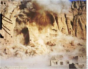 """21 marzo 2001: il """"mondo"""" insorge in nome della """"cultura"""". A quando analoga """"condanna"""" per la distruzione di antiche moschee?"""