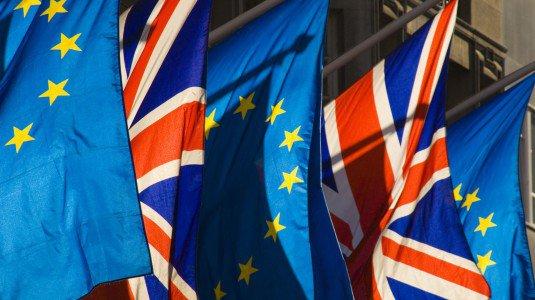 """Fra elezioni americane e referendum inglese: che fine ha fatto la """"democrazia""""?"""