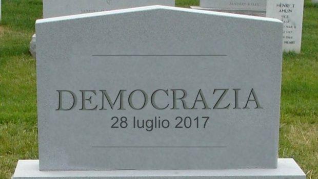 """La """"morte della democrazia""""?"""